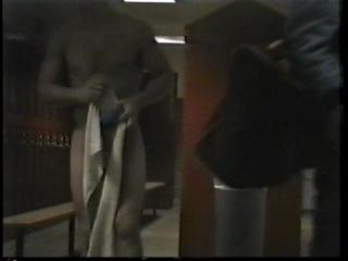 Реальная скрытая камера мужской колледж БОРЦЫ Раздевалка 1 часть