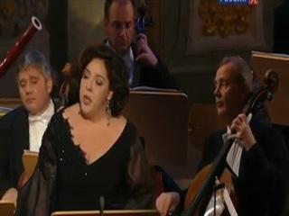 Анна Нетребко и Марианна Пиццолато. Концерт в Дрезденском соборе Богоматери.