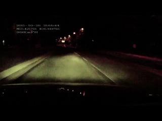Пешеход - ПРИЗРАК ! Жесть, а не прикол! Рожа не выскакивает, НО страшно!!!