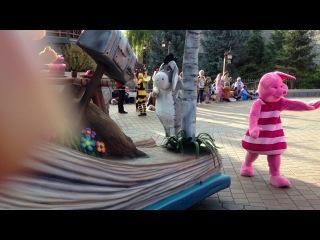 Парад мультяшек в Диснее