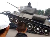 Уронили Т-34 при погрузке на платформу. Бишкек