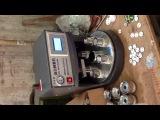 Полуавтоматический станок для изготовления закатных значков
