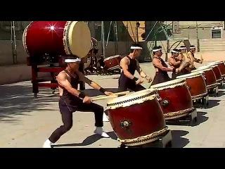 Музыка Японии - ансамбль японских барабанов