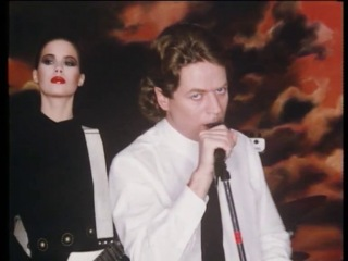 Robert Palmer - Addicted To Love (1985)