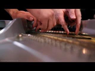Впятером на одном фортепиано. Обалдеть!