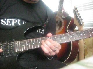 Давид Арчая соло(не полное) из композиции группы Guns n Roses-November Rain...