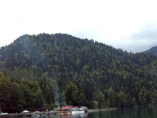 Абхазия 2013 год.Озеро Рица. Таким я его увидел.