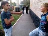 Пожирание цветка! В главной роле Диман Сорокоумов и Сураев Андрей! Режисёр Василиса Василискина