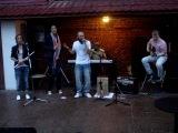 Radikkl Beatz + Amy Pieterse - Dragon Noir (unplugged @ Mod Roof)