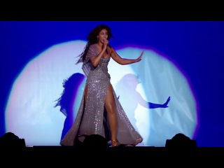 Beyonce - Listen (Live in The Beyonce Experience) HD
