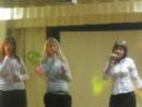 """три девчёнки из школы состовляют группу """"Очарование"""" круто поют)"""