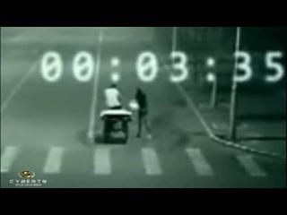 Ангел спасает на дороге - Impresionante teleportación en China