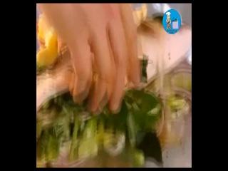 Джейми Оливер - Морской окунь в фольге с молодой картошкой | Jamie Oliver