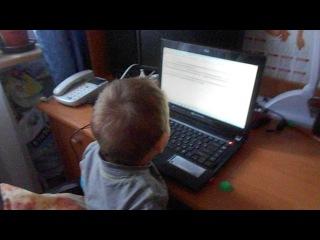 Валерик учит буквы