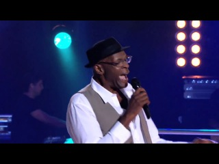 Mitchell Anderson vs Steve Clisby - Walking In Memphis (The Voice AU 2013) HD