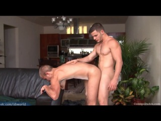 vk.com/sbworld | CollegeDudes | Angel Rock Fucks Rob Ryder | HD | 2011