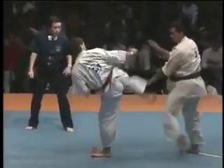 Энди Хуг VS Франческо Филио.5-й Абсолютный Чемпионат Мира Япония г.Токио 1991 год.
