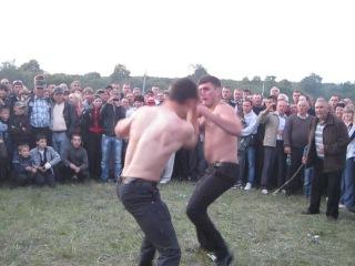 Троица 9 кулачные бои на лугу 2012 г