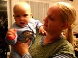 Фёдору 9,5 месяцев. Показываем, что умеем:-)
