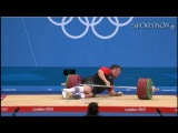Маттиас Штайнер роняет на себя 196 кг...
