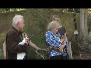 Betty White and Sarah Michelle Gellar help LA Zoo