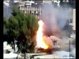 Взрыв танка - машину разорвало на части