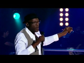 Mitchell Anderson vs Steve Clisby - Walking In Memphis (The Voice AU 2013)