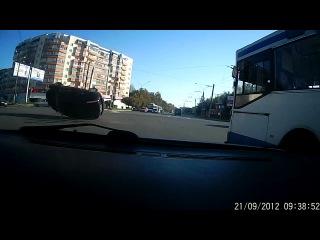 ДТП на Суздальском проспекте г. Владимира 21.09.2012