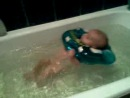 Наш малыш купается*****