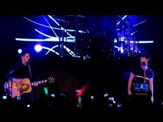 Jonas Brothers Lovebug Манила 19 октября 2012 HQ