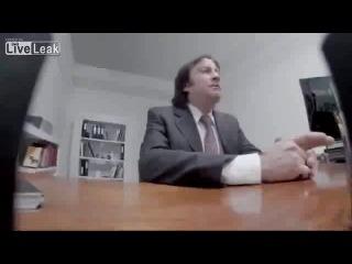 Skritaya-kamera-ustroisya-na-rabotu-do-konsa-sveta