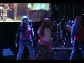 Танец на Рождество 2012года (с участием наших девочек)