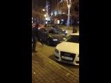 Драка Где то ы центре города Новосибирск