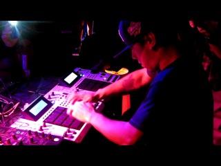 Vladimir rostt sv DJ HVED an MPC Full HD