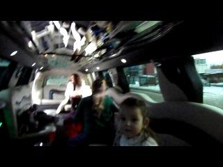 на др у Кристины Кретовой в лимузине