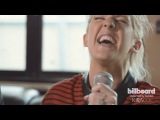 Ellie Goulding - I Need Your Love (Acoustic Tour Bus Perfomance)