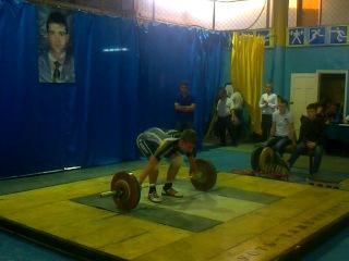 Скориков Андрей(категория 85kg)рывок 90kg