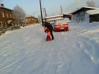 Моя сестрёнка и по совместительству будущая чемпионка Мира по фристайлу)