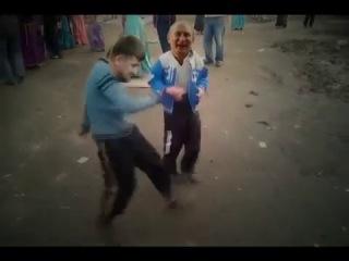 Путин танцует с Кадыровым Путин Медведев Дагестан Чечня  ахах  Как все происходит на самом деле прикол 100500 каха фильм кино клип угар comedy камеди порно трейлер http://vk.com/tosi.bosi  ВСТУПАЙ ОТ ДУШИ!!!