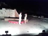 неожиданный поход в античный театр и красивое предложение руки и сердца