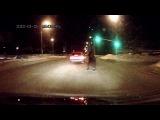 Как бабушки переходят дорогу