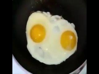 я смотрю яйца то тоже рулят