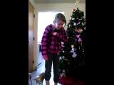 Реакция девочки-ТП на подарок айФон на Рождество / The reaction of girl for Christmas gift iPhone