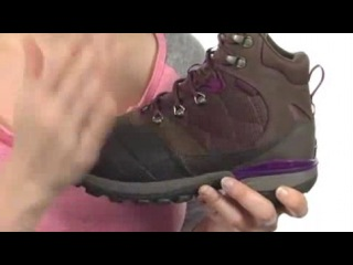 42 The North Face Snowsquall Mid