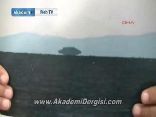 Van gölünde UFO görüntülendi   Yerel gazeteci görüntülediği şeye şaştı kaldı.