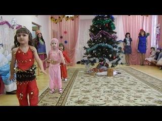 Восточные сказки. Малышки) моя радость в красненьком))