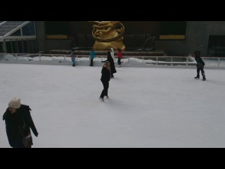 Танцующая на катке (подложен плюс песни)