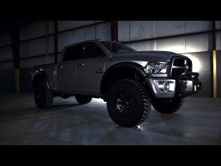 Тюнинг-кампания AEV совместно с компанией VisionX разработали для нового Dodge Ram 2013 бампер, который оснащён двумя ксеноновыми фарами Vision X модель  HID-6550