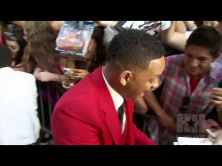 Will Smith Kisses Son Trey on the Mouth Too!
