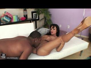 Lisa Ann [DirtyMilfClub.com / 21Sextury.com] [HD 720 all sex, big tits]